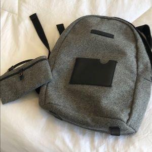 Sherpani wool grey backpack with wrislet
